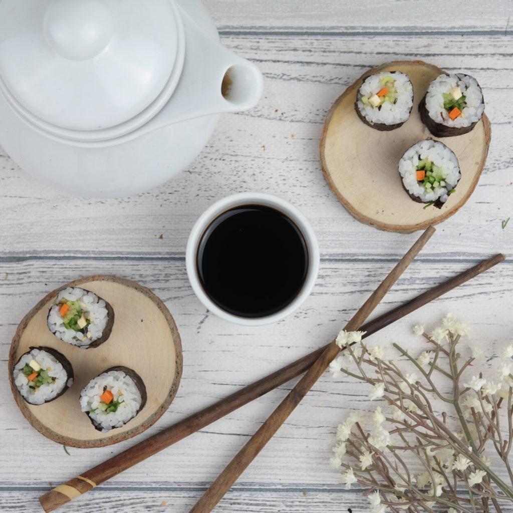 Sushi z ogórkiem i awokado